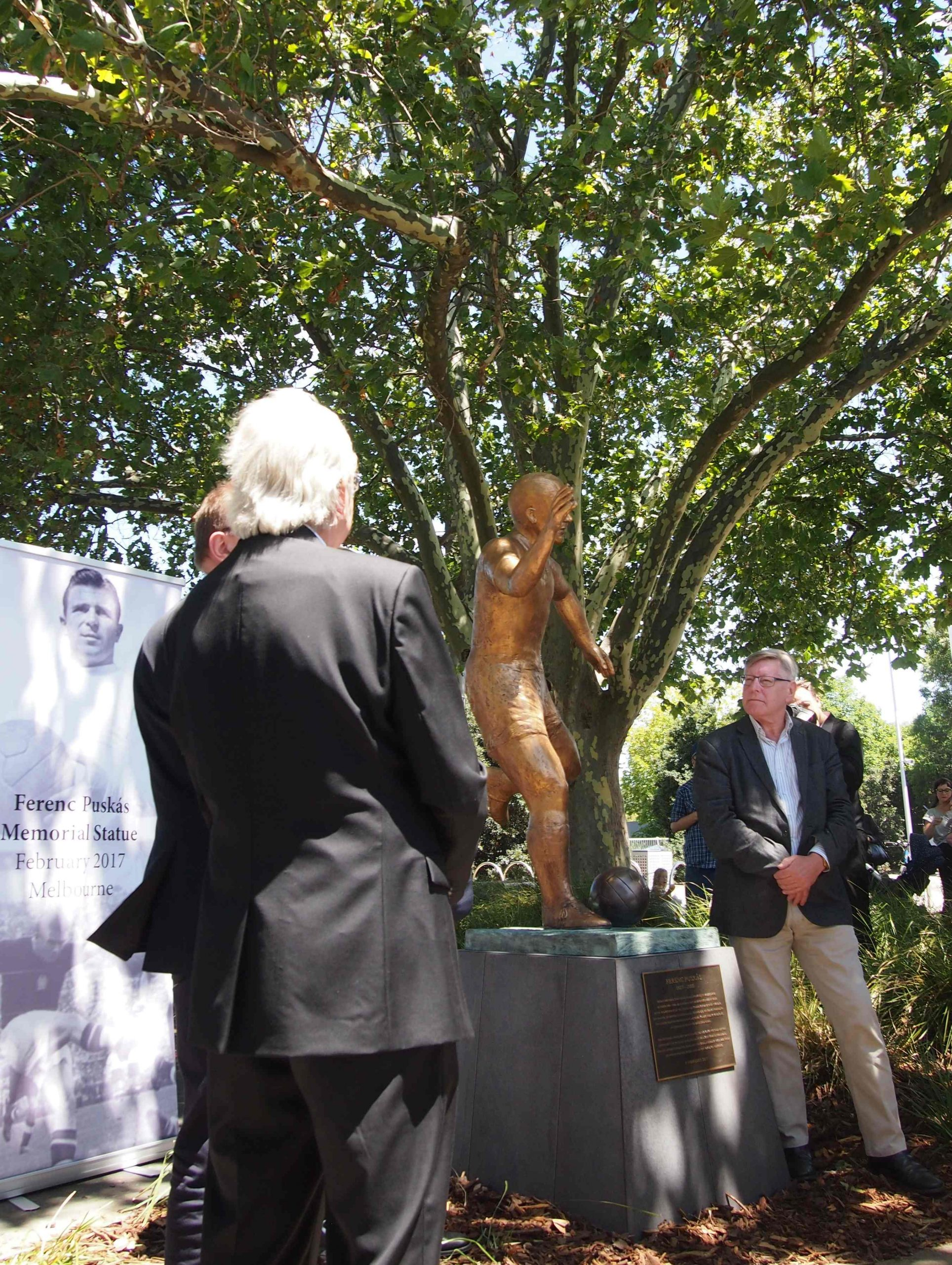 Puskas statue unveiled in Melbourne